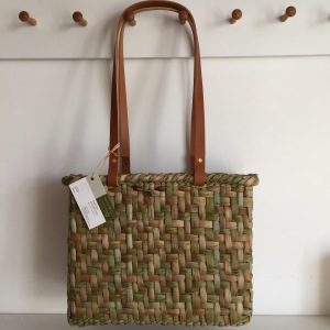 Rush shoulder tote