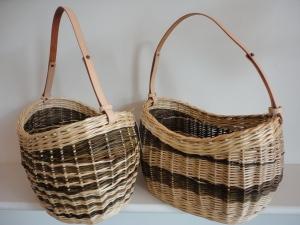 Willow oval shoulder bag